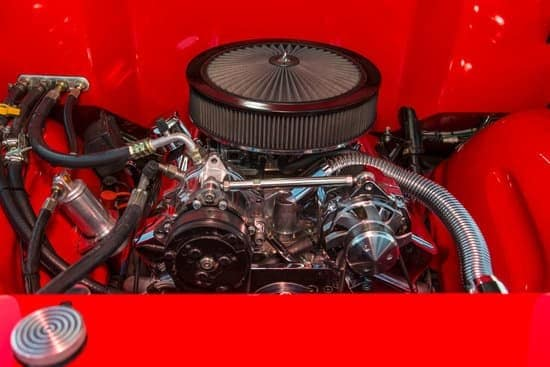 Can You Put A V8 Engine In A V6 Car?